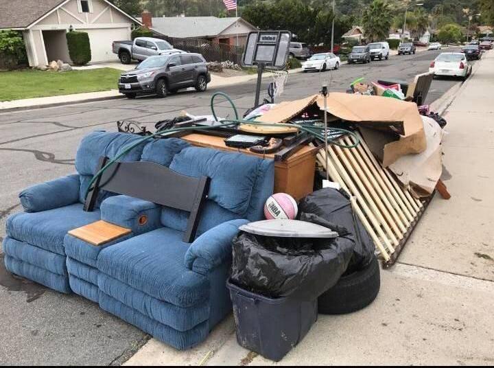 Curbside-junk-removal-stallings-nc